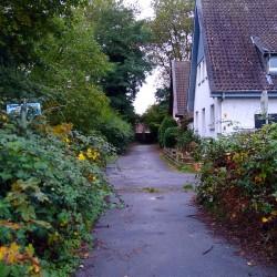 Foto zu Kreuzung, schild, Einbahnstraße, Treppe